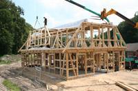 Neubau eines fachwerkhauses mit reetdach und w rmepumpe in for Fachwerkhaus aufbau