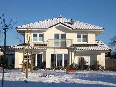 Stadtvilla weiße klinker  Massivhaus bauen, Rohbauten, im Bau befindliche Häuser, KfW ...